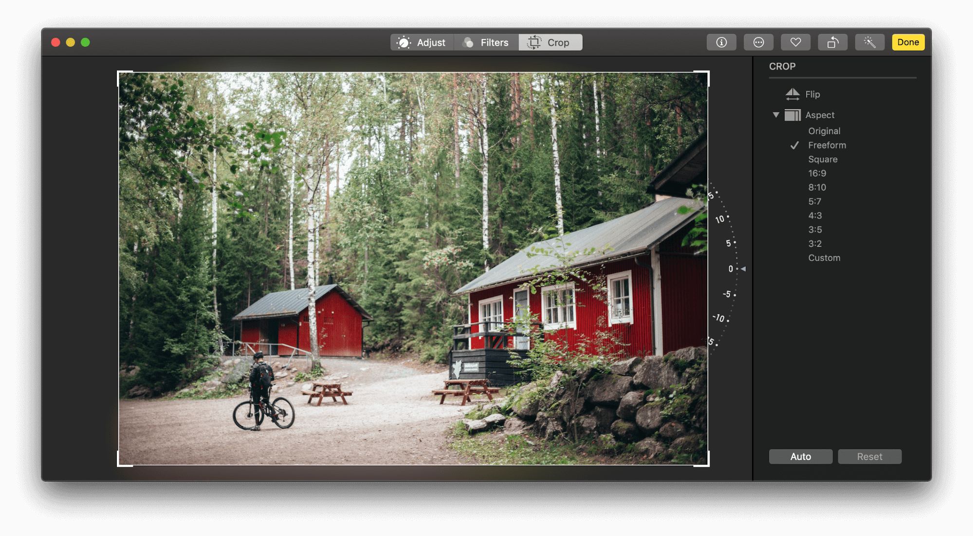 how to crop a picture on mac