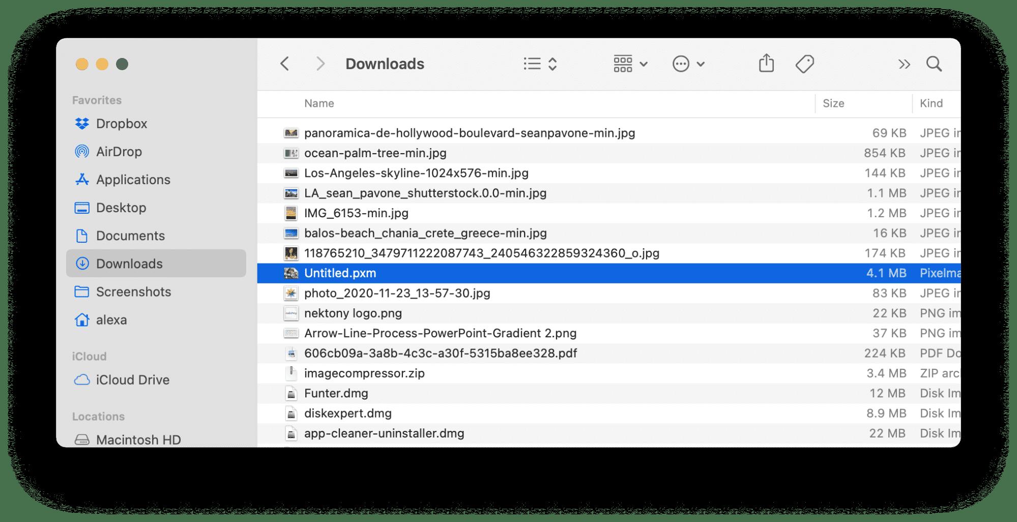 Downloads folder in Finder
